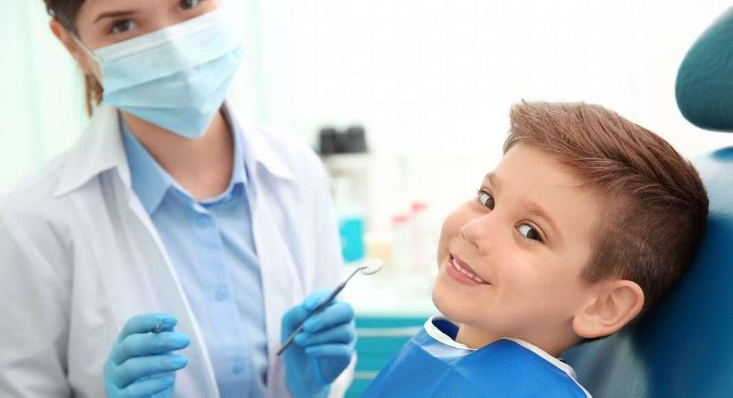 Cos'è e come avviene la sigillatura dei molari? Perché è importante?
